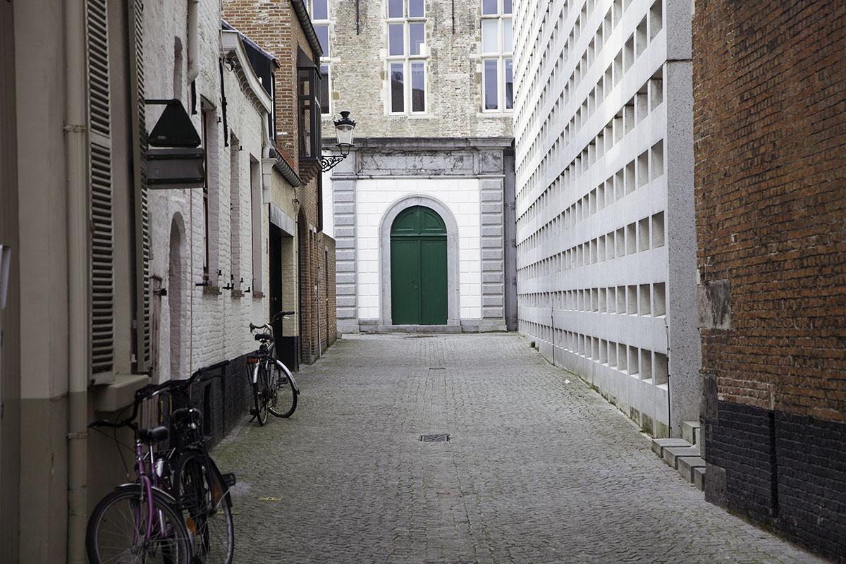 Bruges_Belgium_Door