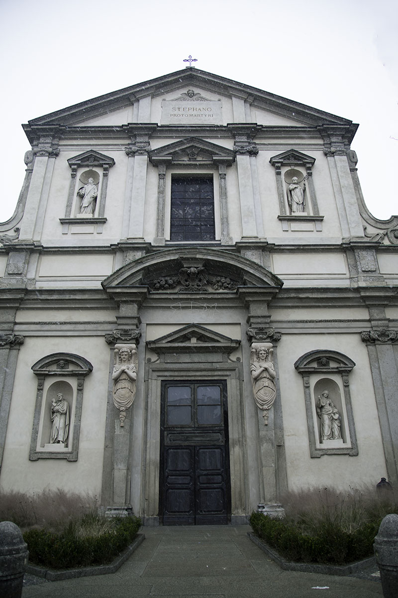 Milan_Italy_Church (DeenaDanielle)