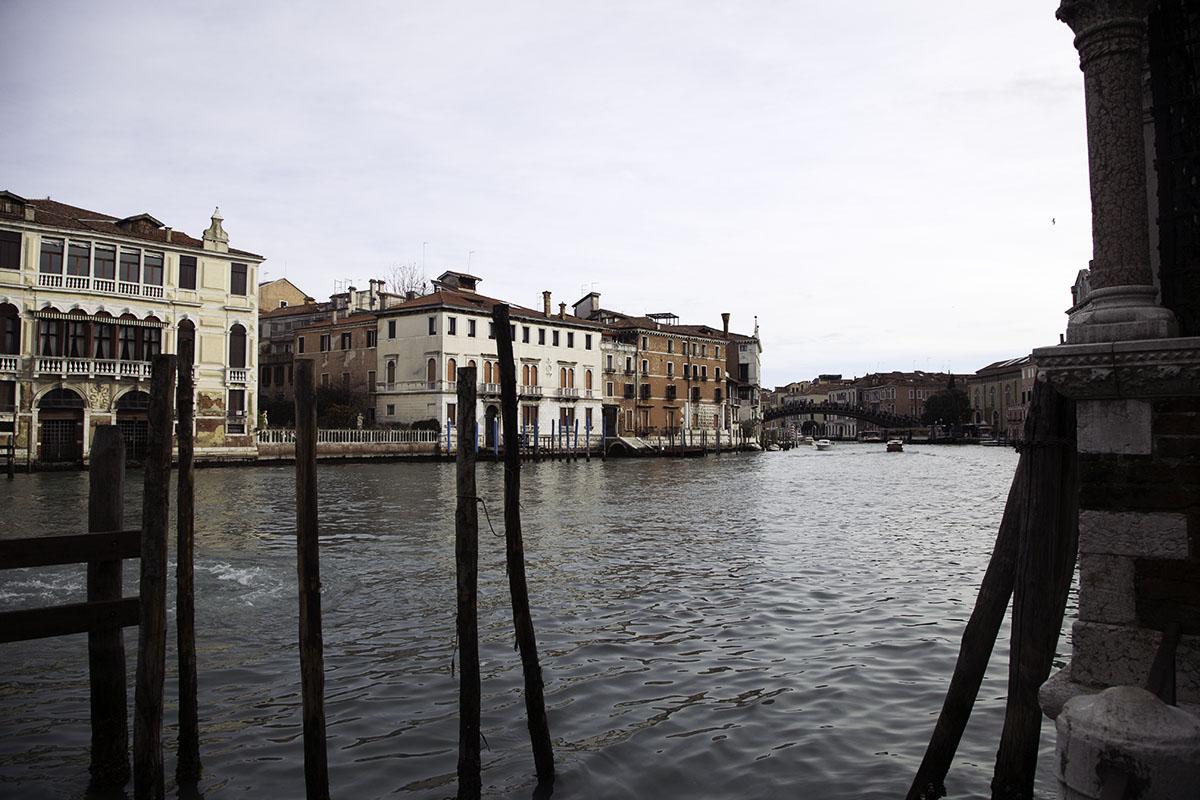 Venice_Italy_Canal (DeenaDanielle)