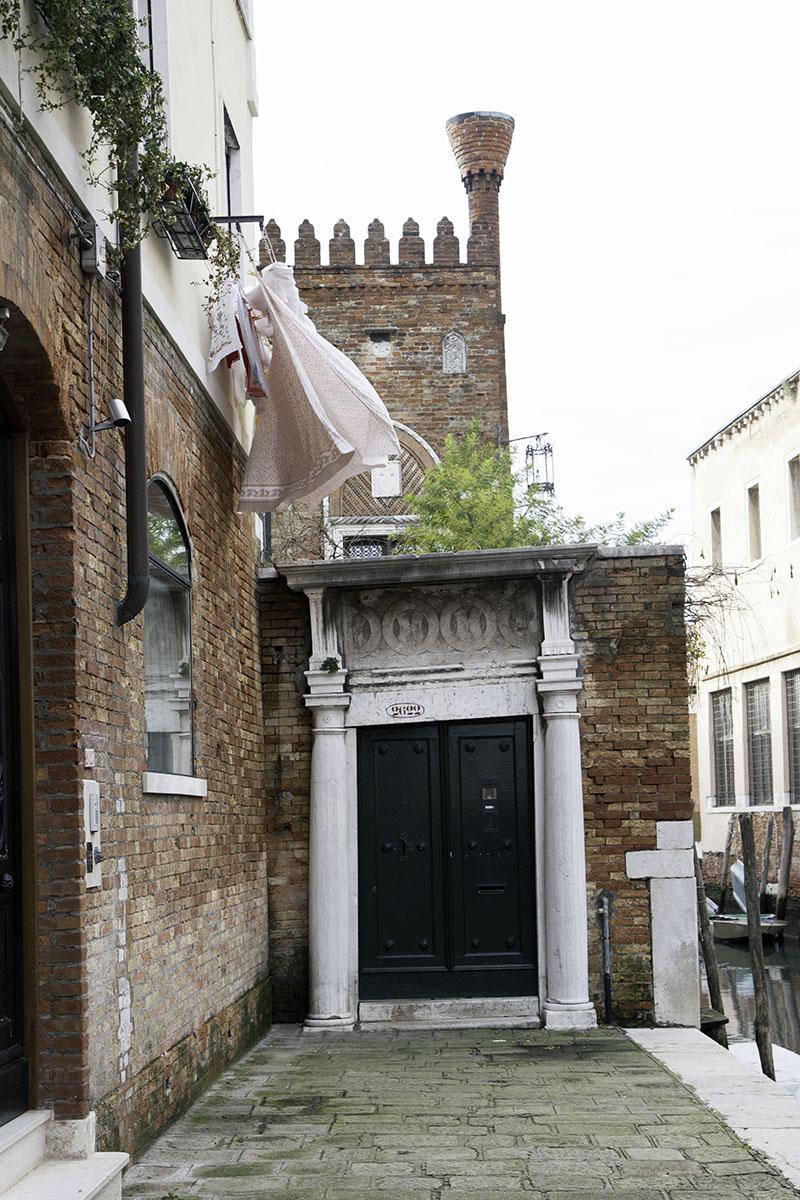 Venice_Italy_Door (DeenaDanielle)
