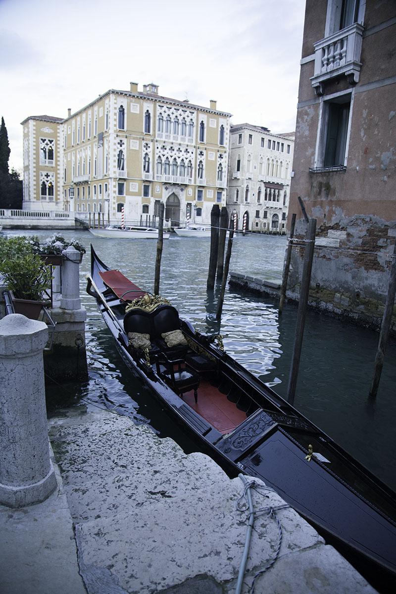 Venice_Italy_Gondolas (DeenaDanielle)