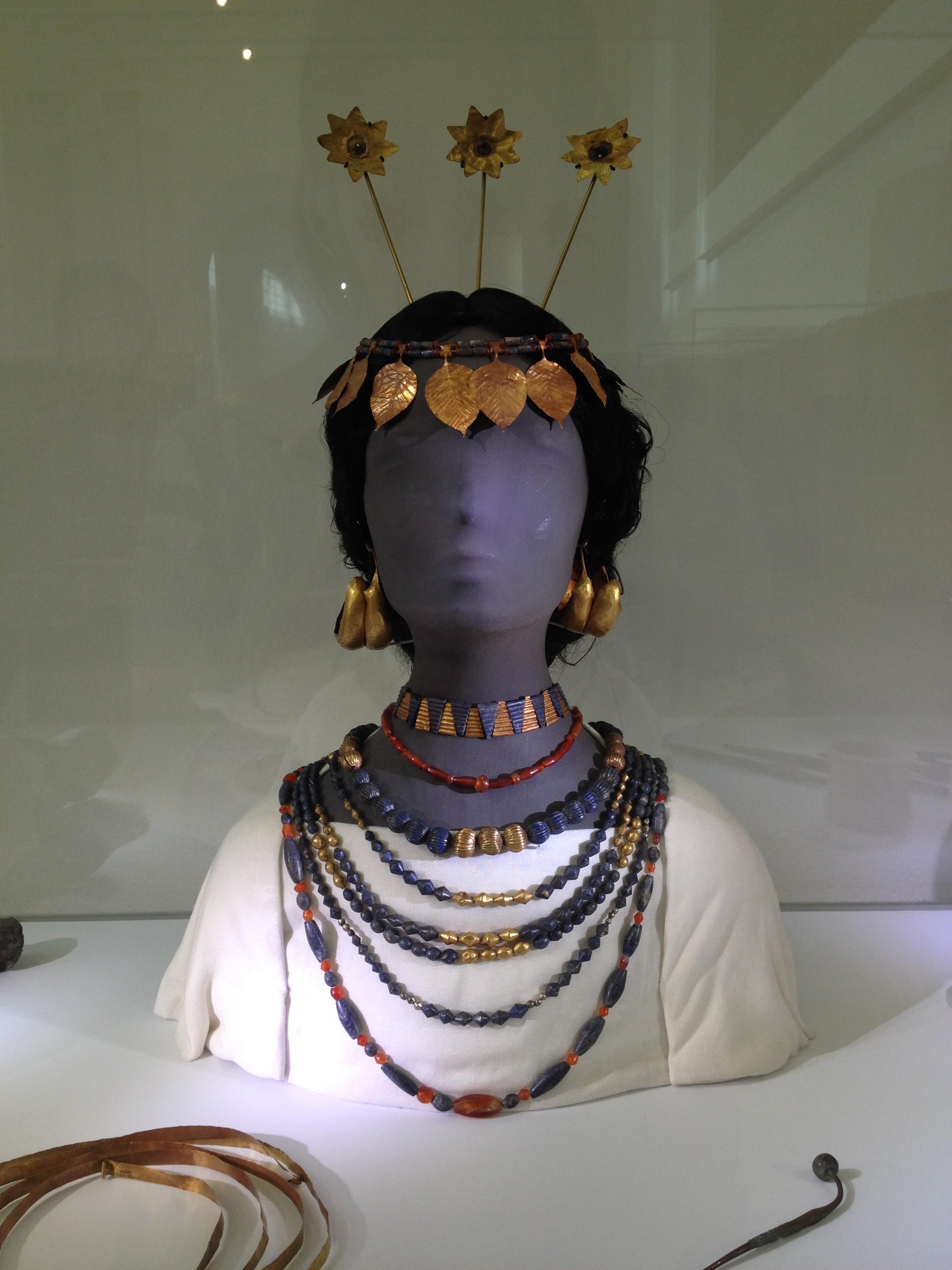Berlin_Jewelry(DeenaDanielle)