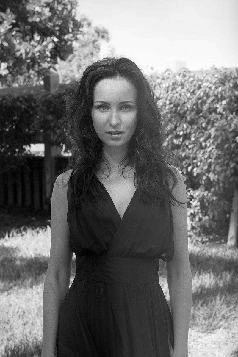 Maria(21)BWDeenaDanielle