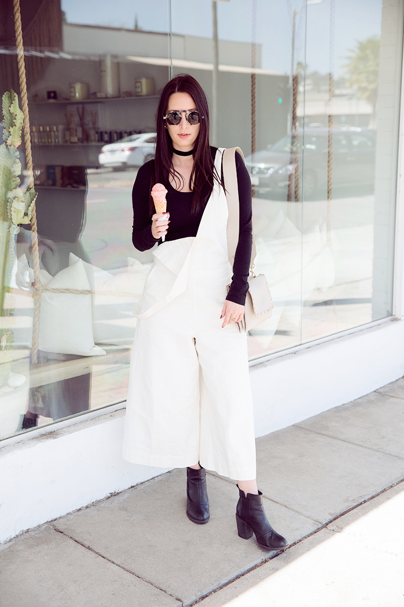 Styling Trendy White Overalls in Los Angeles by popular Los Angeles fashion blogger, Nomad Moda